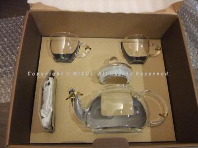 ガラスポットと工芸茶(ジャスミンティ)